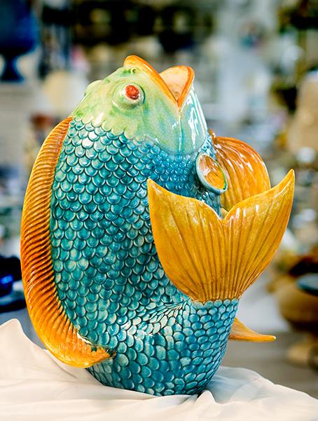 Produzione ceramiche nazareno picchiotti deruta for Pesci per laghetti esterni